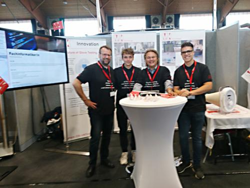 The MK fair team at the training fair in Alsfeld.